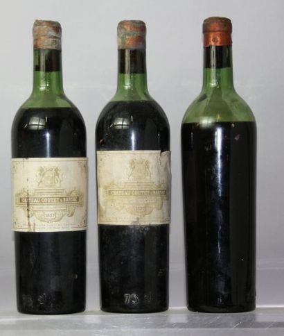 Trois bouteilles Château COUTET 1er CC -...