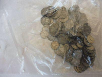 LOT DE PIECES française argent 522 g.