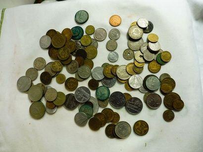 102 PIECES de monnaie divers