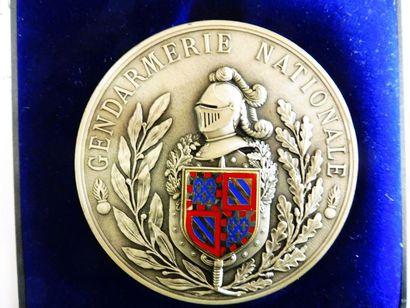 MEDAILLE ''Gendarmerie Nationale'' avec écusson...
