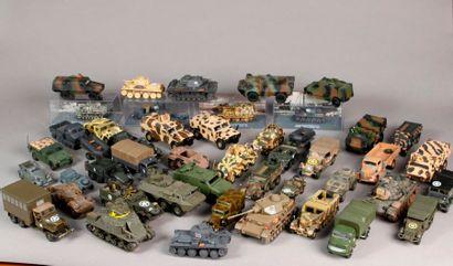 Cinquante véhicules de presse sur le thème...