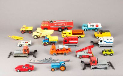 SOLIDO – CORGI - DINKY TOYS : Lot de véhicules...