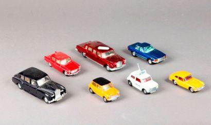 DINKY TOYS – DTA - CORGI TOYS : 7 véhicules...