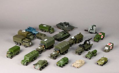 DINKY TOYS – DSTF – DTA: Tanks – camion-...