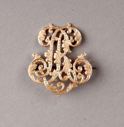 BROCHE chiffrée LR en or (épingle en métal). Pds: 7 g