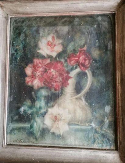 AQUARELLE : Pichet de roses. Signée en bas...