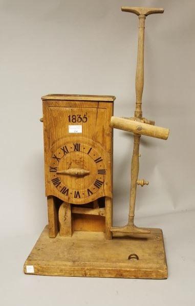 Renvidoir à compte-tours en forme d'horloge...