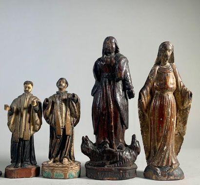 Quatre statuettes figurant Sainte Marguerite,...