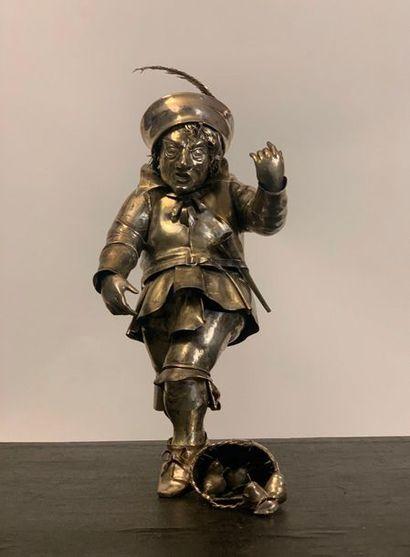 Figurine représentant un nain ou un personnage...