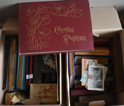LOT D'ALBUMS photos ou cartes postales :...
