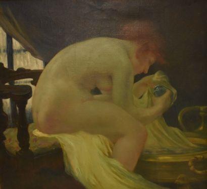 ECOLE FRANÇAISE vers 1900 : Femme rousse à sa toilette. Toile. Haut. 94 - Larg....