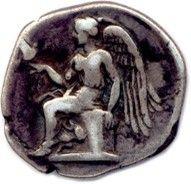 BRUTTIUM – TERINA 420-400. Tête de la nymphe Terina parée de bijoux, les cheveux...
