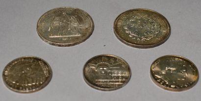 LOT ARGENT : Deux pièces de 50 francs français...