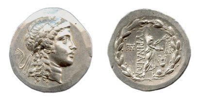 ÉOLIDE - MYRHINA (150-140) Tétradrachme d'argent...