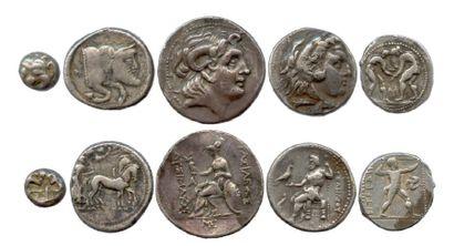 Lot de cinq monnaies grecques en argent (tétradrachmes...