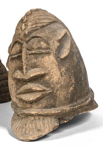 Masque casque. Bois. Travail colonial, Dahomey....