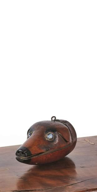 Marionnette en merisier sculpté figurant...