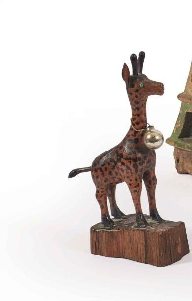 Deux jouets figurant un renard et une girafe...
