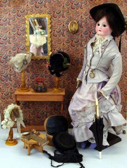 Chez la modiste : poupée avec tête en biscuit...