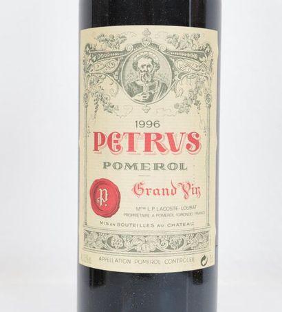 Petrus Pomerol - Grand vin 1996 Niveau correct 0,75L Adjugé 2 000.00€