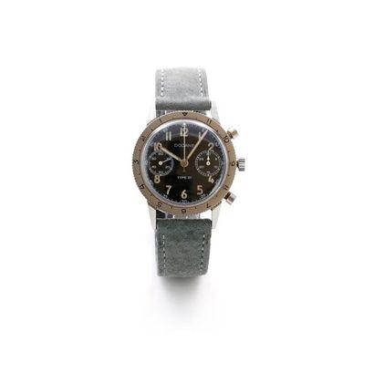 Dodane, Type 21, vers 1960  Beau chronographe-bracelet...