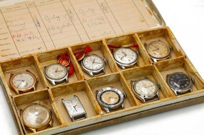 Un lot de dix montres mécaniques, incluant...