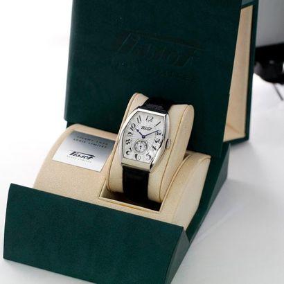 Tissot, Porto, édition limitée, vers 2001  Elégante montre bracelet de forme tonneau...