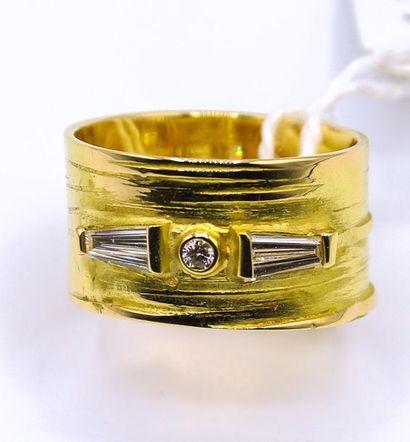 Bague anneau  En Or jaune 18k, sertie de...