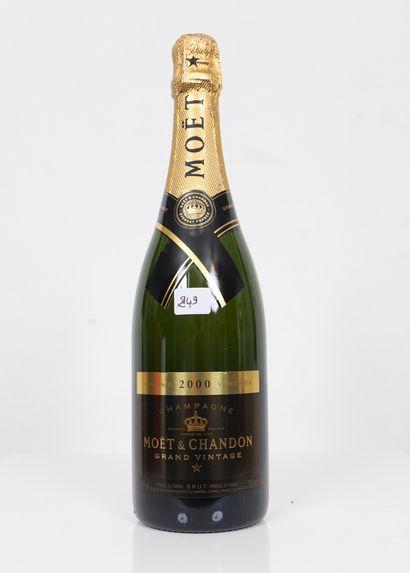 Moet & Chandon (x1) Grand Vintage 2000 0,75L...