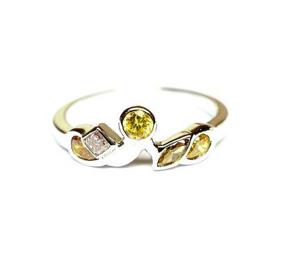 Bague en or blanc sertie par 5 diamants de...