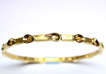 D' une collection privée, bracelet jonc en...