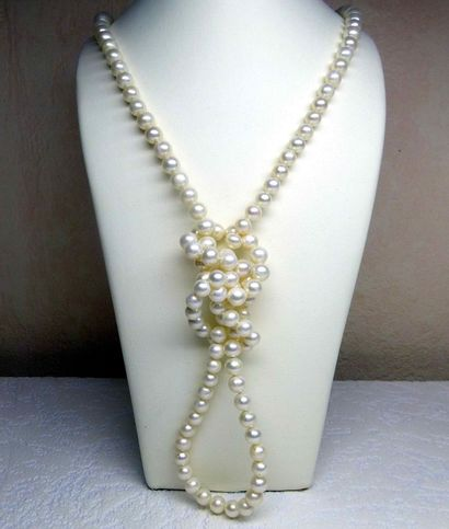 Sautoir en perles de culture naturelles (D:...
