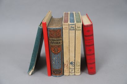 LOT de 7 volumes d'Histoire et Géographie...