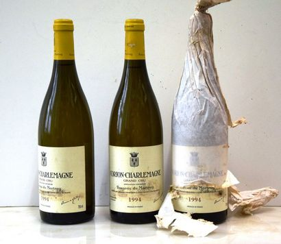 3 bouteilles CORTON CHARLEMAGNE, Bonneau du Martray 1994 (tachées)
