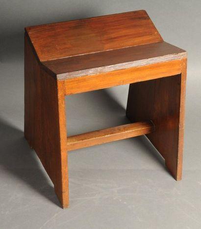 JEANNERET Pierre (1896-1967), Tabouret modèle...