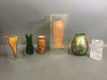 Lot de 6 Vases design contemporain, certains...