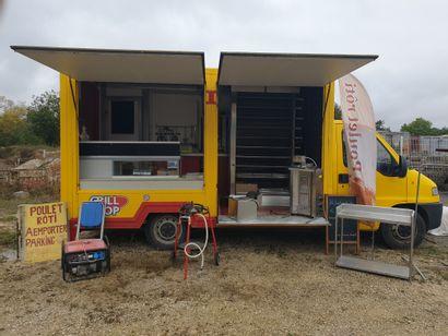 Camionnette Food-truck de marque CITROËN...