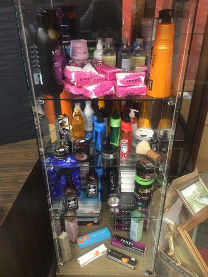 lot de produits cosmétique neuf et occasion...