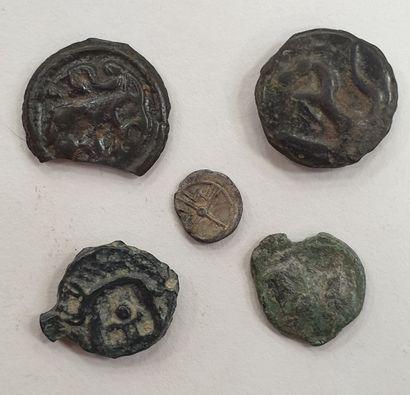 MONNAIES GAULOISES - Lot de 5 monnaies, Potin,...