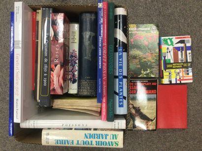 CARTON de livres sur le thème arts et lo...