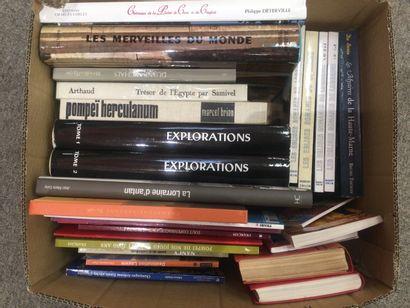CARTON de livres sur le thème régionalisme,...