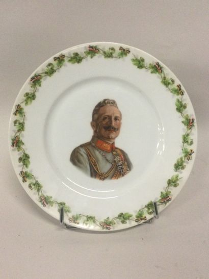 Porcelaine de Bavière, ASSIETTE de propagande...