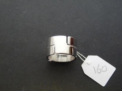DINH VAN : Bague en or gris 18K (750/oo),...