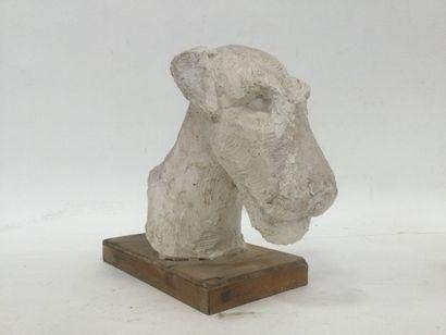 Un plâtre d'atelier, Sculpture représentant...