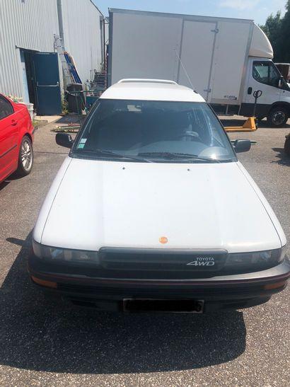 TOYOTA Corolla 4X4 de 1988 kilomètrage : 163000km Moteur essence