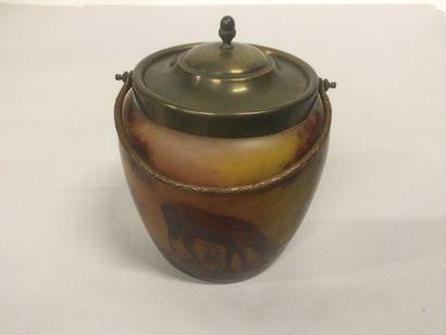 Pot à thé signé BUISSON