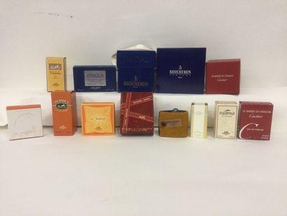 Collection de 13 miniatures de parfum de...