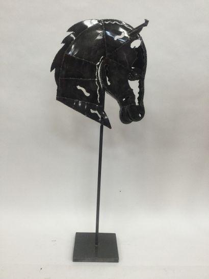 Sculpture en zinc soudée, Belle tête de cheval...