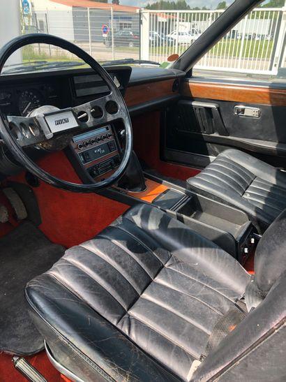 FIAT 130 PININFARINA COUPE de 1974 avec documentation complète kilométrage : 80500km...
