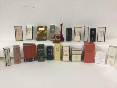 Collection de 22 miniatures de parfum : Lutens,...